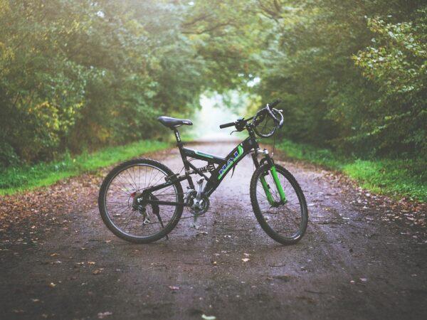 Cykeltøj med logo og firmajulegaver i høj kvalitet